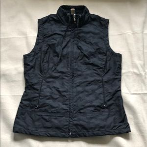Lucy vest size S